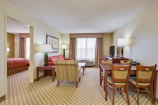 Crystal Lake, IL: Guest room