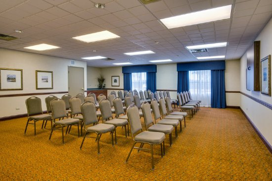 Country Inn & Suites by Radisson, Crystal Lake, IL : Meeting room