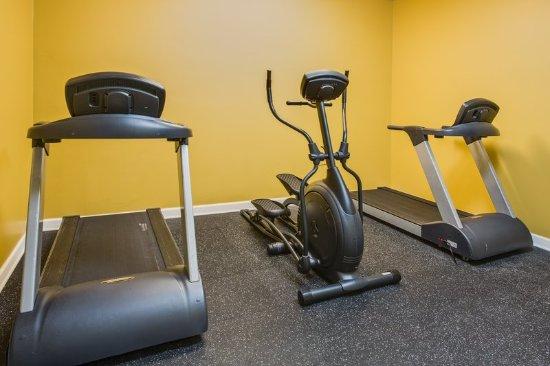 Country Inn & Suites by Radisson, Gurnee, IL: Health club