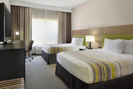 Country Inn & Suites by Radisson, Brunswick I-95, GA: Guest room