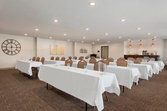 Baxter, MN: Meeting room