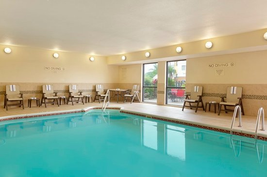 Country Inn & Suites by Radisson, Corpus Christi, TX : Pool