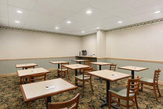 Pottsville, PA: Meeting room
