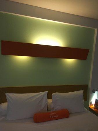 HARRIS Suites FX Sudirman Imagem