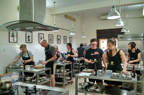 4-Hour Vietnamese Cooking Class at...