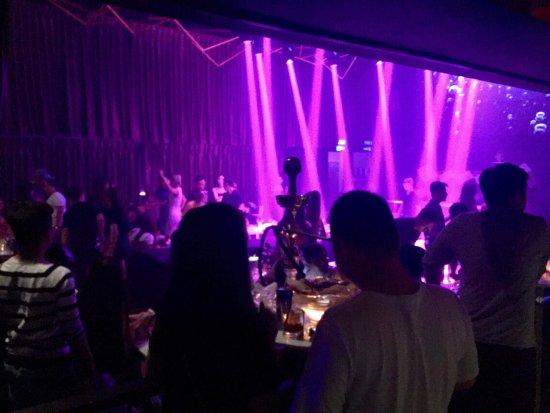 Ellui Bar