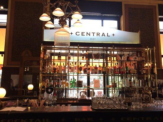 Centrál Kávéház és Étterem: charming