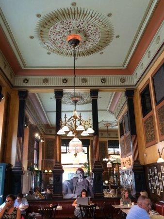 Centrál Kávéház és Étterem: design