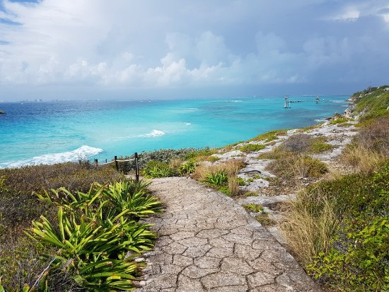 Isla Mujeres Golf Cart Rentals