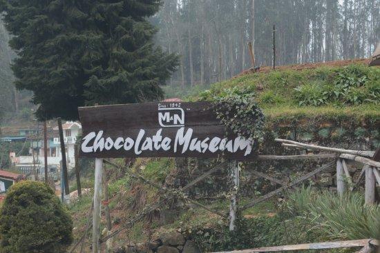 M & N Chocolate Museum