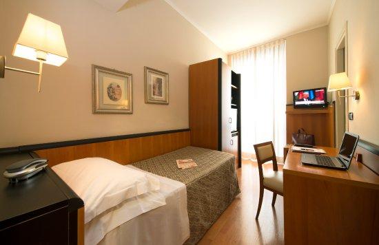 Hotel fenice milano italia prezzi 2018 e recensioni for Hotel fenice milano
