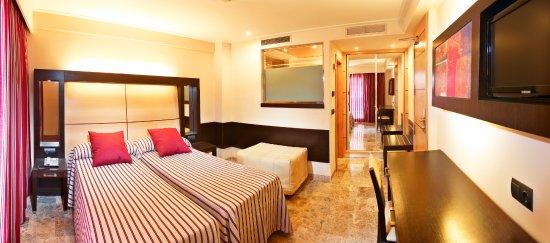 Mediterranean Bay Hotel: Double Standard Room.