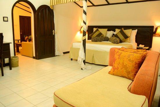 flamingo beach resort spa hotel mombasa kenya voir. Black Bedroom Furniture Sets. Home Design Ideas