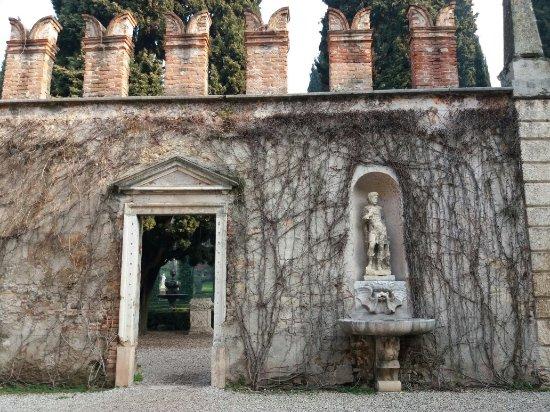 20180129 111142 picture of palazzo giardino for Giardino e palazzo giusti