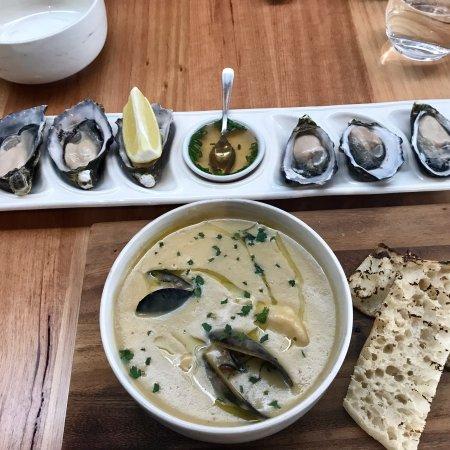 Louca S Seafood Restaurant Hours