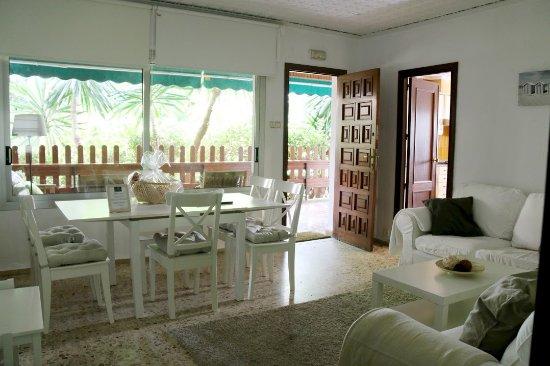 La Eliana, Испания: Living Room Villa