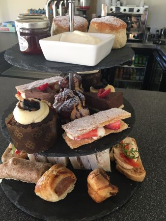 Longtown, UK: Afternoon Tea at Hidden River Cafe
