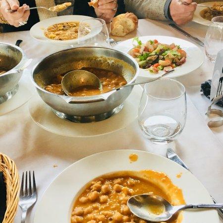 Arnuero, Spain: Asador Restaurante La Chata