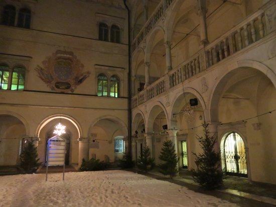 Museum Fuer Volkskultur - Schloss Porcia: 内部の様子