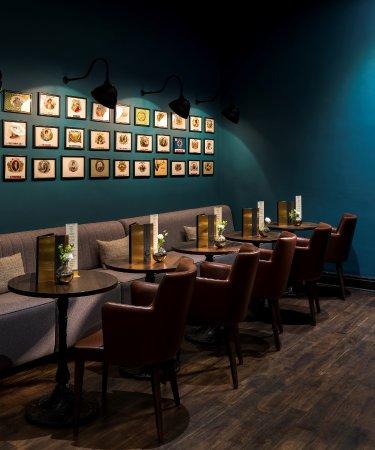The Churchill Hotel: Bar