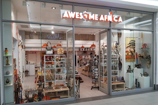 Umhlanga Rocks, South Africa: AWESOME AFRICA a South African gift shop offering authentic products made by local crafters