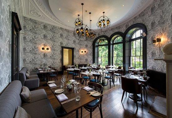 The Churchill Hotel: Restaurant