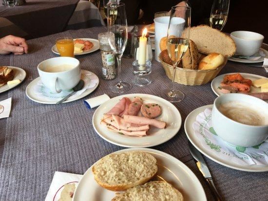 Eisenberg, Deutschland: tolles Frühstück