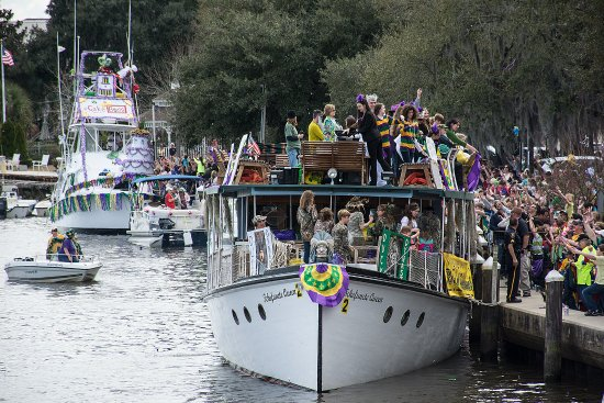 Madisonville, LA: The Krewe of Tchefuncte Mardi Gras Parade is a floating krewe and popular Mardi Gras parade.