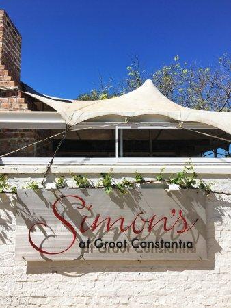 Simon's Restaurant : 'Good food. Good wine. Good times.'