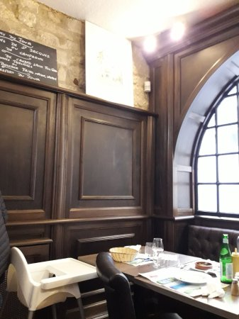 le saint louis p rigueux restaurant avis num ro de t l phone photos tripadvisor. Black Bedroom Furniture Sets. Home Design Ideas