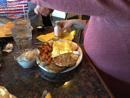 The Springs Dining: scrambler platter