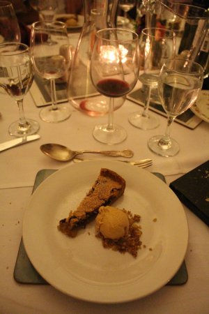 Mountrath, Ireland: Fifth course (dessert)