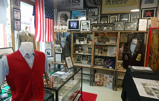‪Sgt Bilko's Vintage Emporium and The Phil Silvers Archival Museum‬