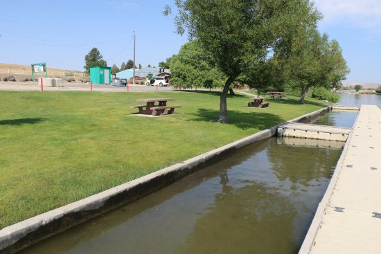 Hagerman, ID: Owsley Waterfront Park