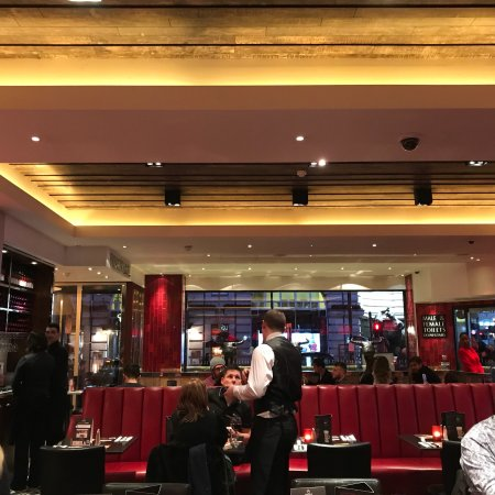 Angus Steakhouse: photo2.jpg