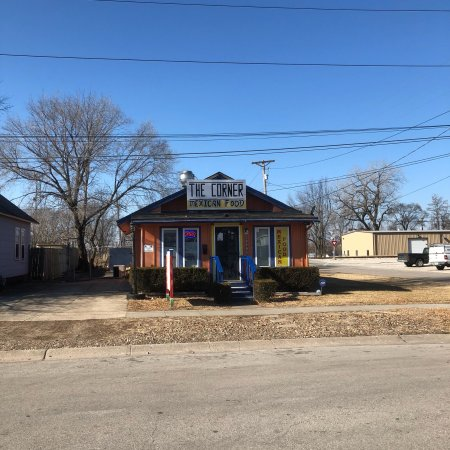 Grandview, MO: A nice residence.