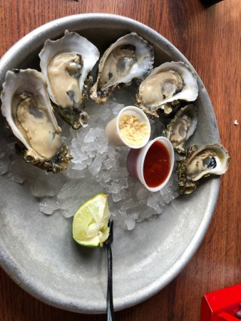 Half Shell Raw Bar Photo