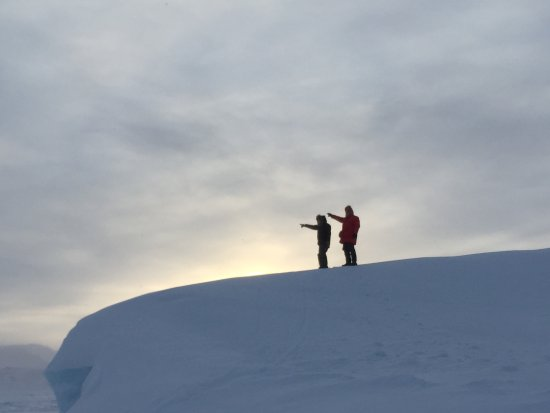 Qikiqtarjuaq, Canada: On top of the berg