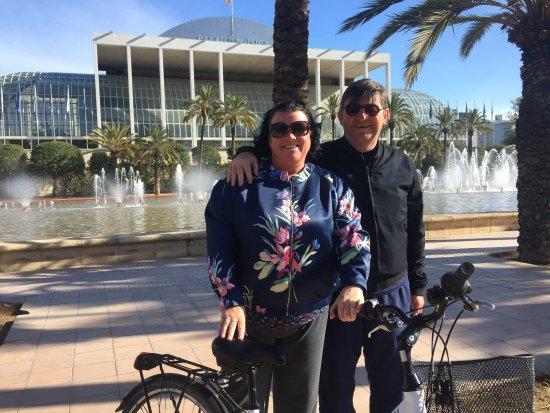 Valencia Bikes: Colette & Ray