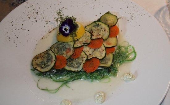 Tarbena, Spanien: Dorade filet met courgette en wortel