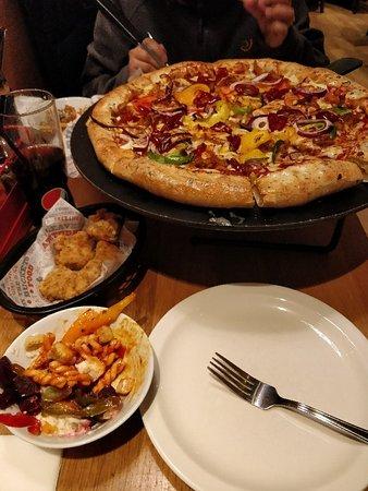 Pizza Hut Leeds Bankwood Way Menu Prices Restaurant