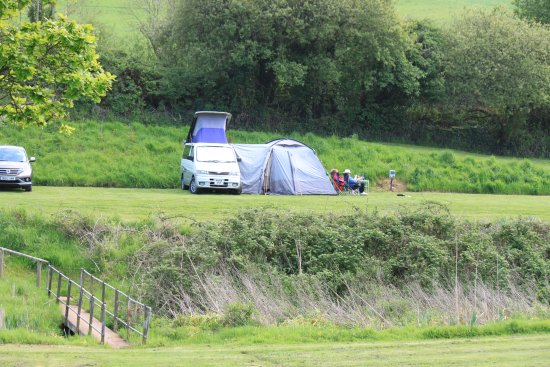 Starcross, UK: Grass Pitch with Electric