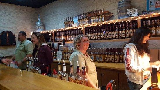 Siesta Key Rum: Awesome free tour and tastings!