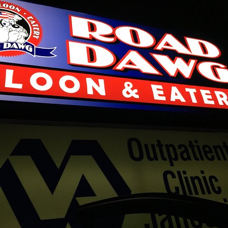 Road Dawg Saloon & Eatery
