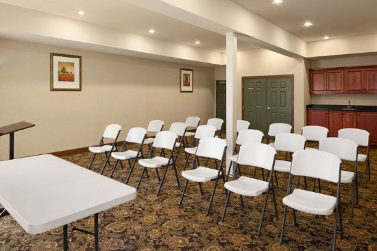 Country Inn & Suites by Radisson, Crestview, FL : Meeting room