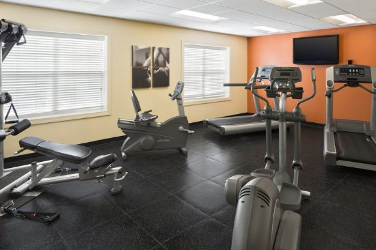 Rosedale, MD: Health club