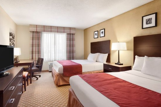 Country Inn & Suites by Radisson, Coon Rapids, MN: Guest room