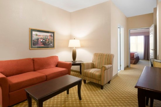Choice Hotels® offers great hotel rooms at great rates. Find & book your hotel reservation online today for our Best Internet Rate Guarantee!