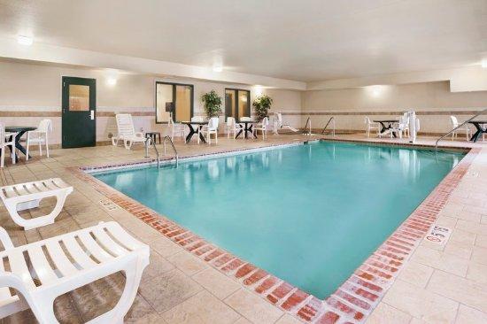 Northwood, IA: Pool