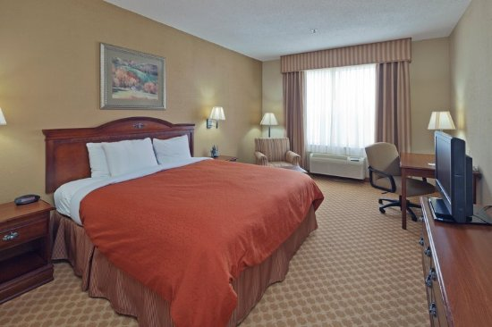 Country Inn & Suites by Radisson, Prattville, AL : Guest room